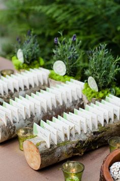 diy Weddings Crafts: Log Escort Cards - http://www.diyweddingsmag.com/diy-weddings-crafts-log-escort-cards/