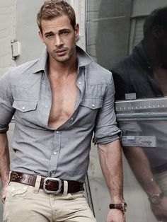 William Levy = pure physical perfection!!!!  Can't get enough of this guy!!!