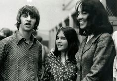 At age Naomi Marcus met Ringo Starr and the rest of the Beatles when family friend and neighbor Joan Baez (right) brought her to the Fab Four's 1966 show at Candlestick Park. Joan Baez, Ringo Starr, Beatles Photos, The Beatles, Richard Starkey, Idole, The Fab Four, 10 Year Old, Paul Mccartney