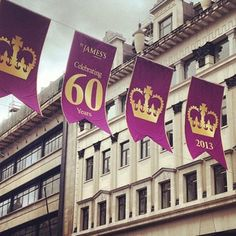 Regent Street, London... #london #uk #england #royal #queen #greatbritain #regentstreet #piccadilly #love #like #comment #follow by @lovelondonuk