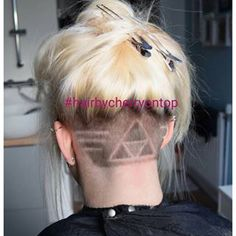 Triforce Zelda undercut Más
