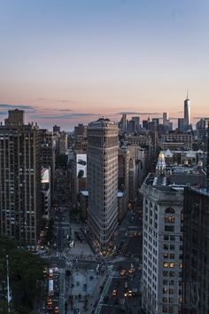 The Flatiron Building by nulooks