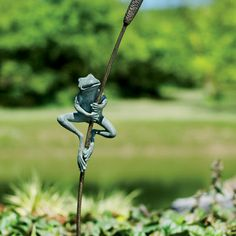 Frog and cattail garden stake