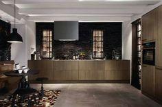 houten SIEMATIC-keuken: donker en strak-greeploos-ook zwarte grepen mogelijk