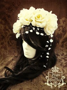 I need this headress!!! By; Pirates and the Crown Rose