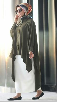 Kaftan with hijab Tesettür Abiye Modelleri 2020 – Islamic Clothes Photos Abaya Fashion, Modest Fashion, Fashion Dresses, Fashion Muslimah, Muslim Women Fashion, Islamic Fashion, Hijab Casual, Hijab Chic, Hijab Style Dress