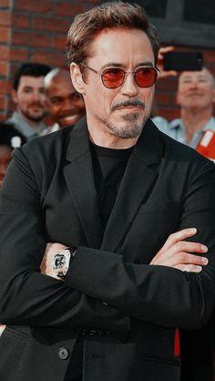 Marvel Tony Stark, Iron Man Tony Stark, Hero Marvel, Tony And Pepper, Robert Jr, Best Avenger, Robert Downey Jr., Avengers Pictures, Man Thing Marvel