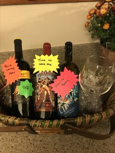 Retirement wine basket Source by dianedodsworth Weird Gifts, Quirky Gifts, Funny Gifts, Retirement Gifts For Mom, Retirement Ideas, Retirement Parties, Unusual Gifts For Women, Retirement Party Decorations, Tween Girl Gifts