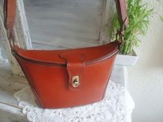 Original vintage shoulderbag,1960 ,leather shoulderbag,