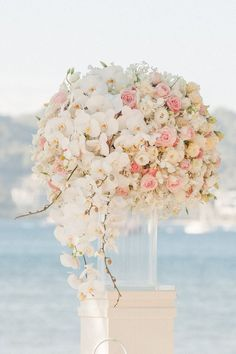 white orchid wedding decor | Deer Pearl Flowers