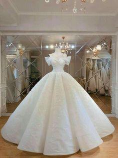 Super Fairy tale wedding dress- paolo sebastian Inspired Incredibile Fantastico Un a. Disney Wedding Dress, Plain Wedding Dress, Sexy Wedding Dresses, Princess Wedding Dresses, Cinderella Dresses, Bridal Dresses, Cinderella Wedding, Modest Wedding, Gown Wedding