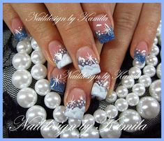 Pinned by www.SimpleNailArtTips.com CHRISTMAS NAIL ART DESIGN IDEAS - ONE STROKE snow over blue