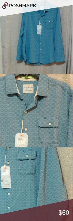 Tommy Bahama Pale Blue Jacquard Button down Roma Jacquard. Island Crafted. Very nice detail in stitching. Long sleeved, but can be rolled up and buttoned. 56% cotton, 44% Tencel Tommy Bahama Shirts Casual Button Down Shirts