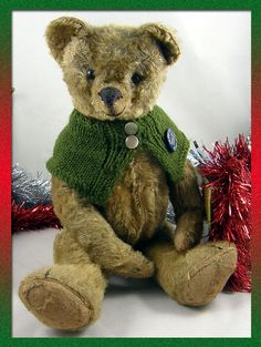 The Old Bear Company (UK) specialising in antique teddy bears early to including early Steiff, Bing, Chad Valley, Merrythought and many more. Antique Teddy Bears, Beren, Old Things, Antiques, Animals, Antiquities, Animales, Antique, Animaux