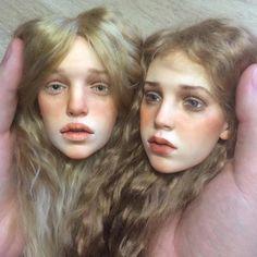 Muñecas de porcelana, si....El protagonista de estas imágenes tan realistas y sobrecogedoras (las muñecas de porcelana, dan un poco de miedo a much...