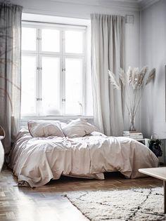 Home Interior Living Room Interior, Home, Home Bedroom, Bedroom Interior, Luxury Homes Interior, Living Room Interior, House Interior, Bedroom Inspirations, Minimalist Home Interior