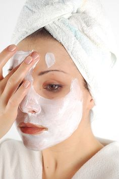DIY face mask for pore tightening