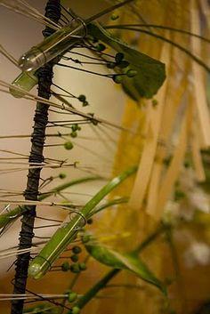 Gregor Lersch flower designs. For more design inspiration, like: https://www.facebook.com/GlobalPetals