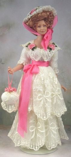 #barbie history dolls by terri davis. 12 33 5.. 47..33.5 qw2