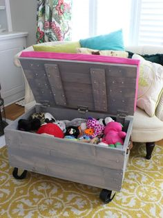DIY Rolling Storage Ottoman - Chaotically Creative