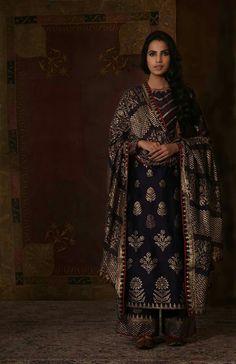 Timings me of piku fashion black salwar suit
