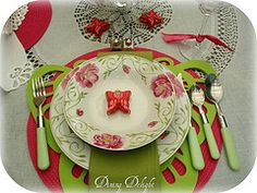 Pink/Green Dishes