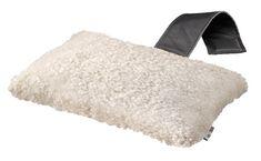 Nackkudde i fårskinn 31x20cm Offwhite