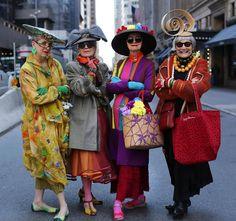 Kijk deze dames eens!