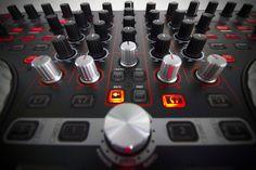 Reloop Terminal Mix 4 DJ Controller