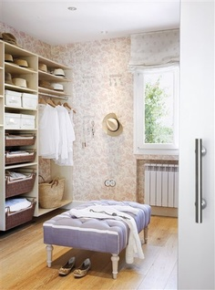 how sweet is the wallpaper, blind, lilac ottoman & baskets in this dressing room/closet? ♥