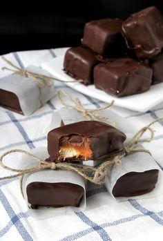 Homemade Snickers #GoodCupcakesGood