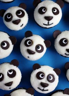 Easy Panda Cupcakes…these are the BEST Cupcake Ideas! Easy Panda Cupcakes…these are the BEST Cupcake Ideas! Panda Cupcakes, Cookies Cupcake, Beer Cupcakes, Fun Cupcakes, Cupcake Cakes, Birthday Cupcakes, Birthday Parties, Ladybug Cupcakes, Kitty Cupcakes