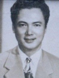 Carlos Padilla Sr. competed in the 1932 Los Angeles Summer Olympics in the men's welterweight event. From an acting family, he also appeared in several films. #kasaysayan #geni