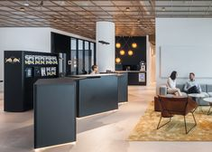 Red Bull's Stockholm office features modular mobile furniture – İndustrial Office Modular Furniture, Design Furniture, Home Office Furniture, Corporate Interiors, Office Interiors, Office Space Decor, Office Pictures, Luxury Office, Workplace Design
