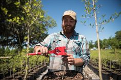 Farmer Scott Meyer grafts Louisiana Mayhaw scions to native Floridian root stock. The result?   Something cider-ifically delicious.