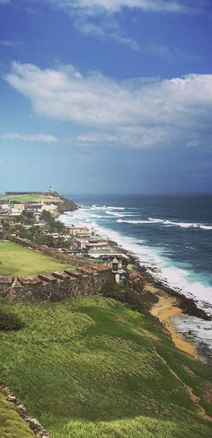 San Juan, Puerto Rico | Come Seek the astounding 16th-century citadel located on the historic Castillo San Felipe del Morro.