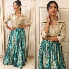 Image may contain: 2 people, people standing Indian Gowns Dresses, Pakistani Bridal Dresses, Pakistani Suits, Bridal Lehenga, Dressy Skirts, Casual Dresses, Fashion Dresses, Kurta Designs, Blouse Designs