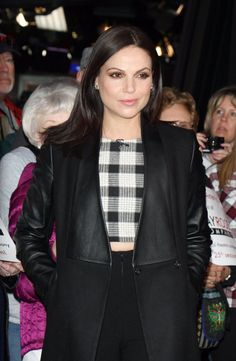 Lana arriving at Good Morning America this morning. #OUATI love when her Evil Queen eyebrow raise makes an appearance IRL. It always makes me wonder what was said to deserve it hehehe