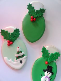 Pink Little Cake: Christmas Light Bulb Cookies