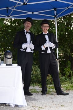 Our employees are always happy to make your wishes come true, even dressed as butlers!