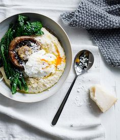 Soft polenta with poached egg and parmesan