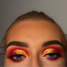cutcrease red and yellow💛❤ shared by Z A R A on We Heart It eye makeup zar… – Uñas Coffing Maquillaje Peinados Tutoriales de cabello Golden Eye Makeup, Orange Eye Makeup, Yellow Makeup, Hazel Eye Makeup, Bright Eye Makeup, Dark Eye Makeup, Asian Eye Makeup, Dramatic Eye Makeup, Makeup Eye Looks