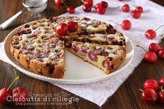 Il Clafoutis di ciliegie è un dolce di origine francese, facile e veloce, basta mescolare tutti gli ingredienti e versarli sulle ciliegie e il gioco è fatto