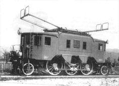 """""""Trenta"""" személyvonati mozdony, amit Kandó olaszországi évei alatt fejlesztett ki."""