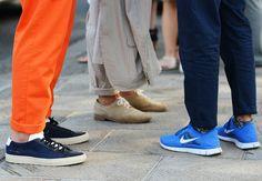 Sneakers with Chinos/Sport Suit from Pitti Uomo @ http://muzivcesku.cz