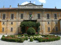 ...living in Vimercate - Monza e Brianza! :)