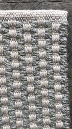 Bespoke Rugs and Fabrics Loom Knitting Patterns, Weaving Patterns, Knitting Tutorials, Free Knitting, Stitch Patterns, Basket Weaving, Hand Weaving, Embroidery 3d, Weaving Textiles
