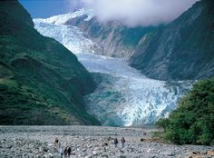 Post with 15 votes and 31 views. Shared by Traveloclick. Franz Josef Glacier (South Island) New Zealand Visit New Zealand, Air New Zealand, New Zealand Travel, Tasmania, Franz Josef Glacier, New Zealand Holidays, New Zealand South Island, Malaysia Travel, Australia