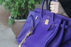 I'm obsessed with this bag!!!