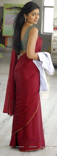 desi nirma aunty : indian actress big ass in saree pics. Indian Girl Bikini, Indian Girls, Indian Actress Hot Pics, Indian Actresses, Beautiful Girl Indian, Beautiful Women, Beautiful Saree, Desi Girl Image, Saree Backless